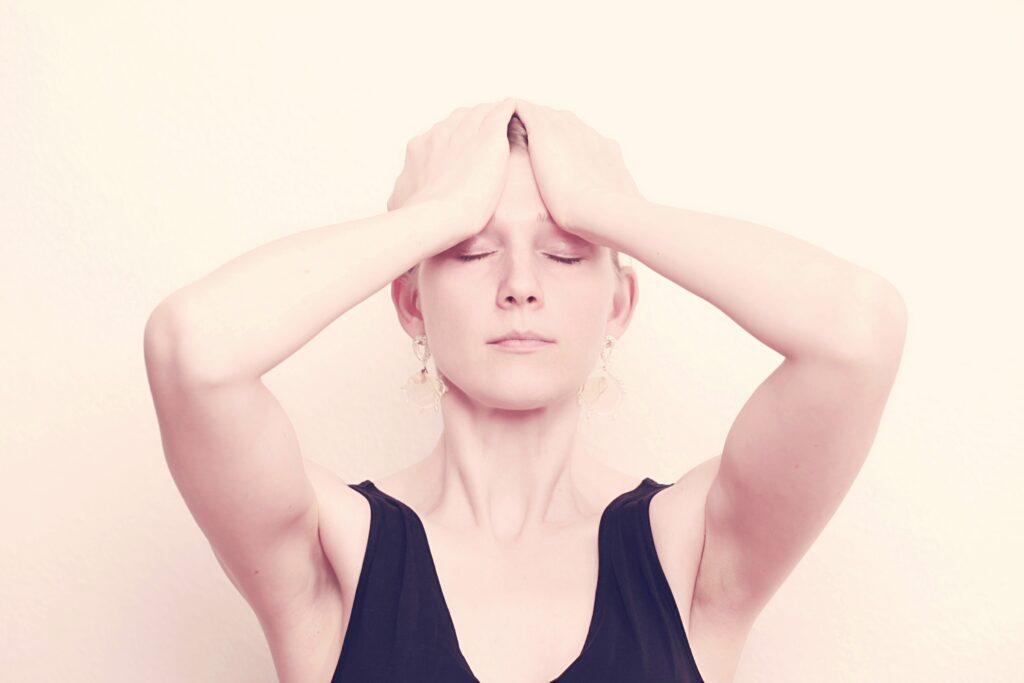 Gesichtsyoga Übungen lernen